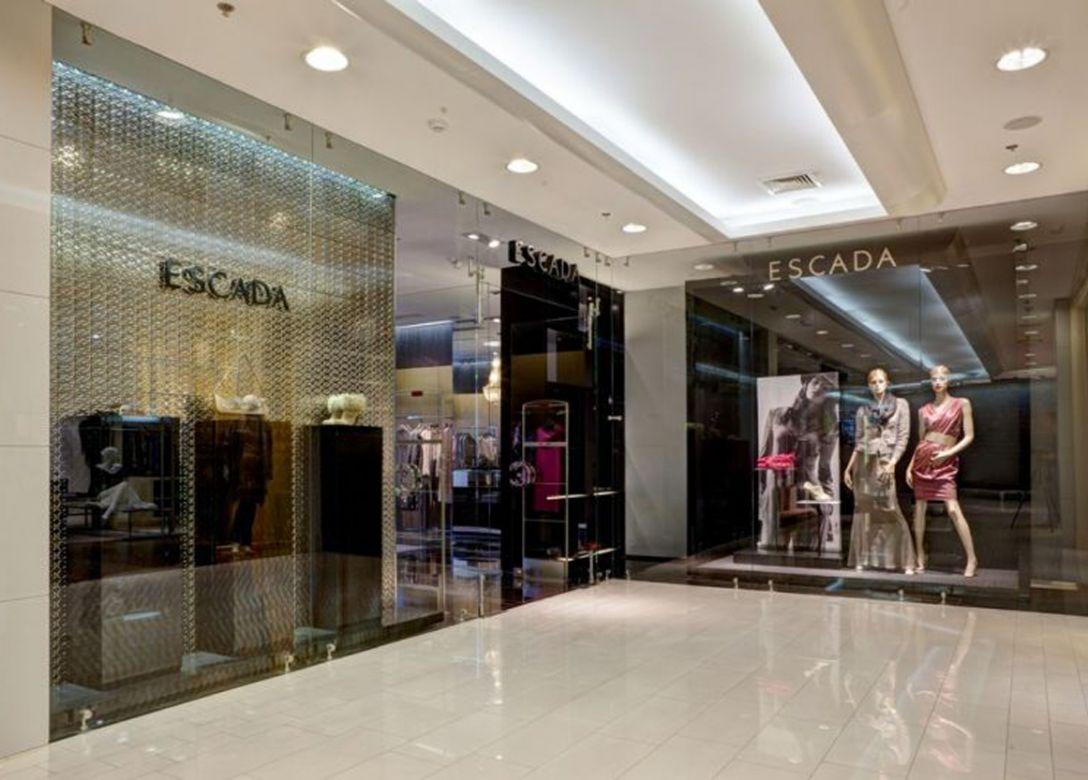 Boutique Escada - Credit Card Shopping Offers