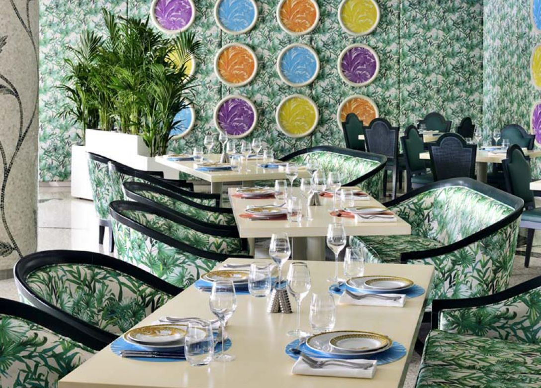 Giardino, Palazzo Versace Hotel Dubai - Credit Card Restaurant Offers