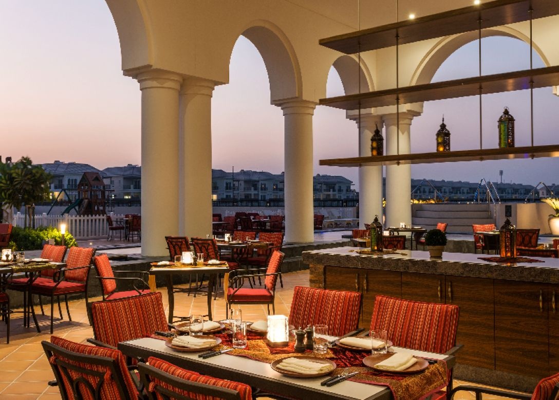 Oasis, Al Habtoor Polo Resort and Club, Dubai - Credit Card Restaurant Offers