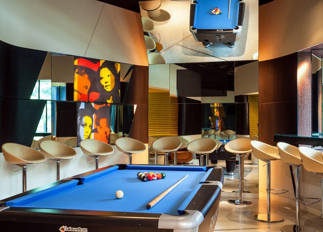 Bar'75, Crowne Plaza Changi Airport