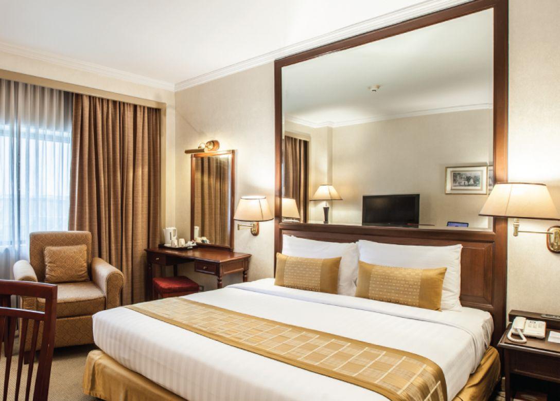 Arnoma Grand Bangkok - Credit Card Hotel Offers