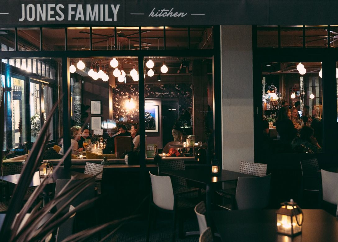 The Jones Family Kitchen - Credit Card Restaurant Offers