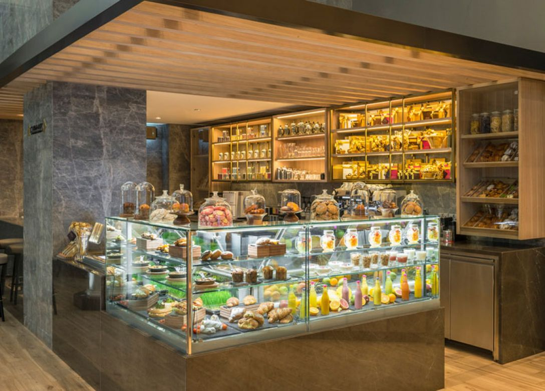 Gourmandises, Le Meridien Dubai Hotel & Conference Centre - Credit Card Restaurant Offers
