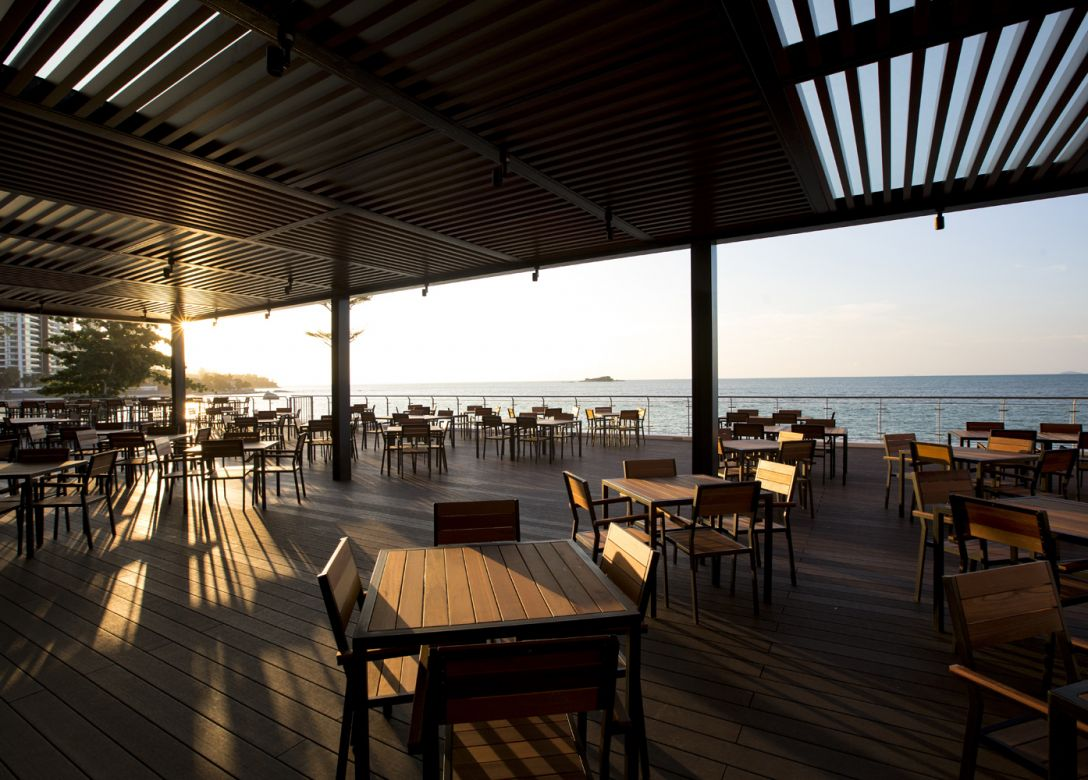 Elementos, Hompton By The Beach Hotel Penang - Credit Card Restaurant Offers