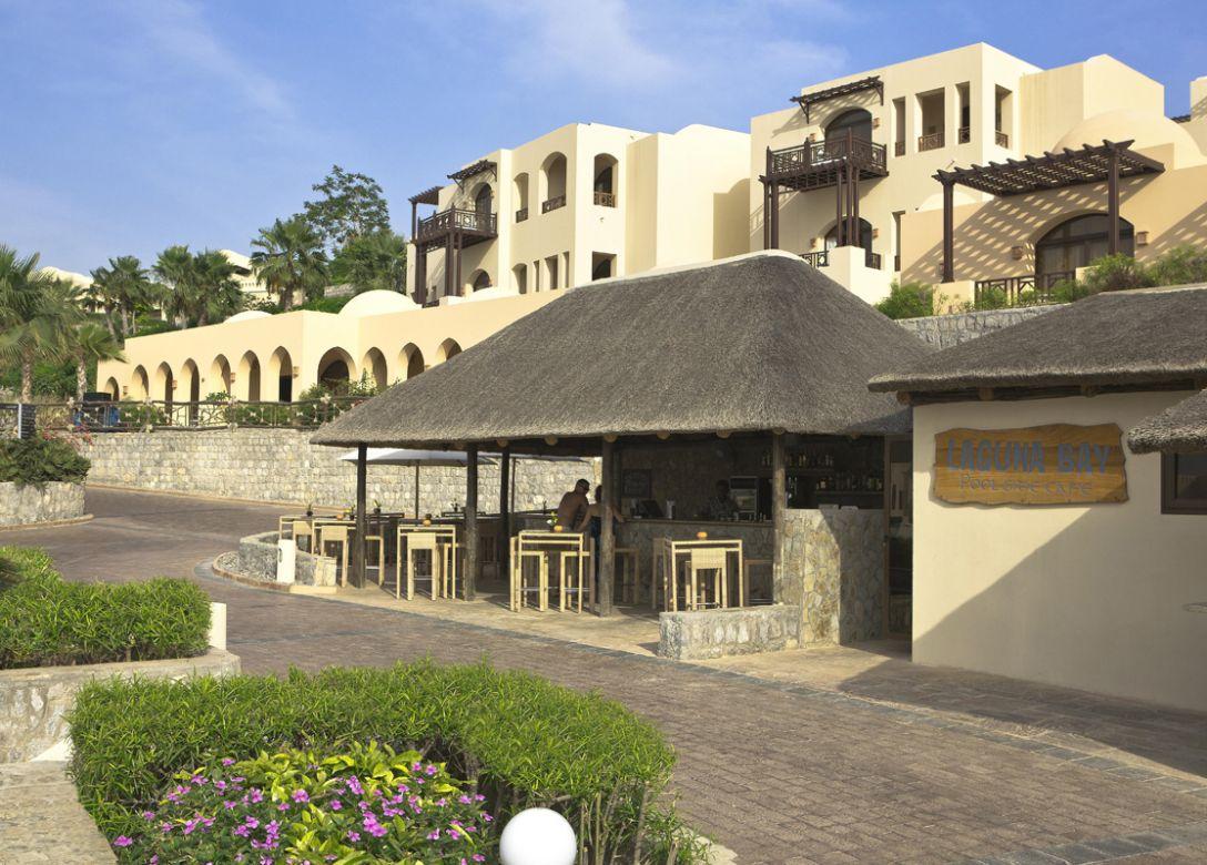 Laguna Bay Poolside Cafe & Bar - Credit Card Restaurant Offers