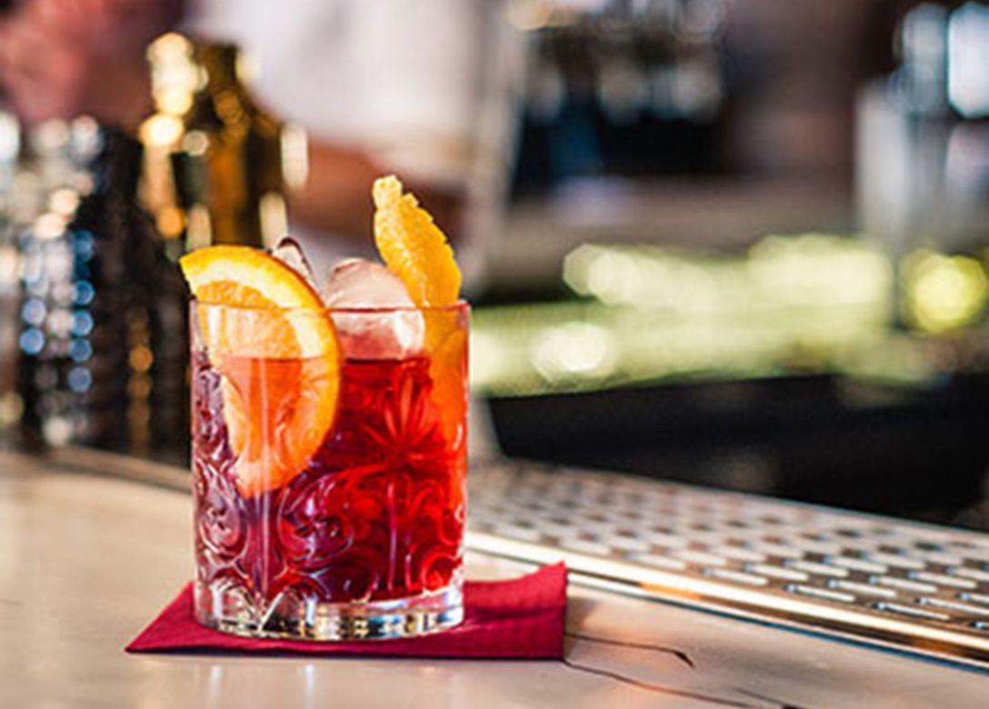 Hotel Alexandra - Bar & Lounge - Credit Card Restaurant Offers