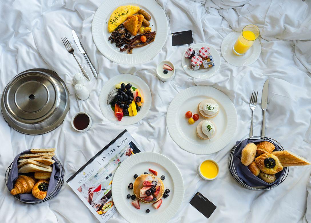 Deli, InterContinental Dubai Marina - Credit Card Restaurant Offers