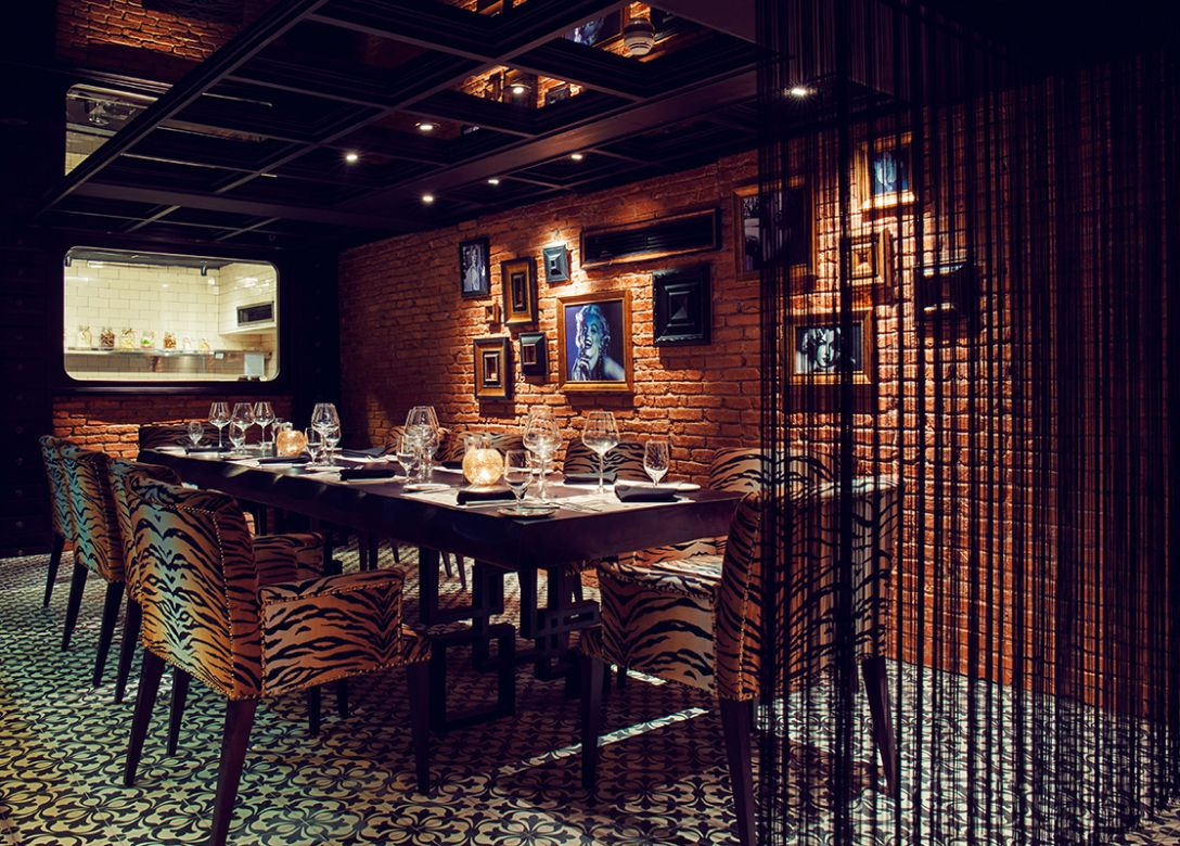 Dine the PremierMiles way - Credit Card Restaurant Offers